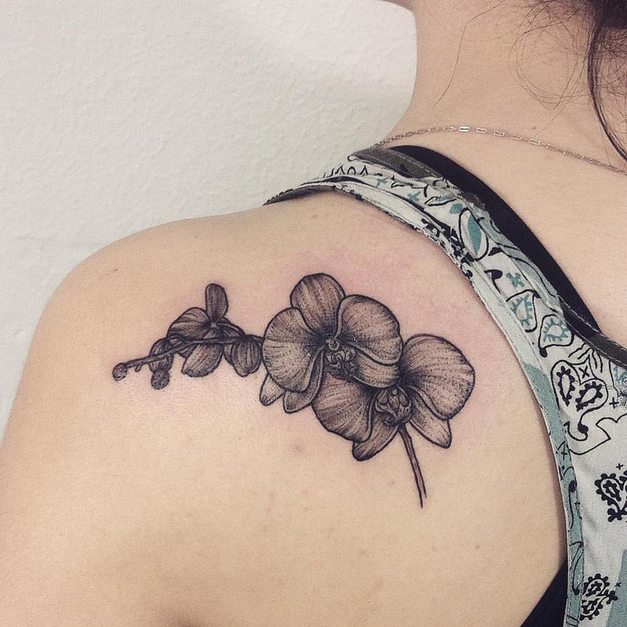 Tatuagem de orquídea