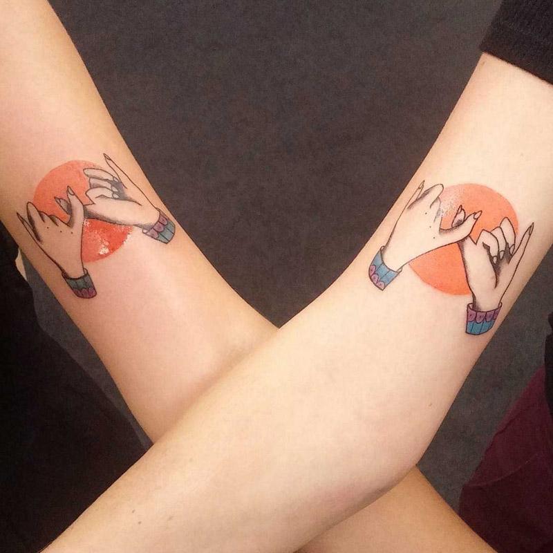 Tatuagem de amigos