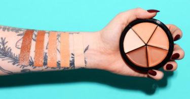 Maquiagem para esconder tatuagem